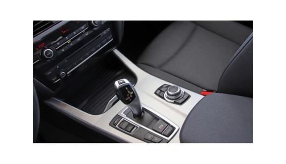 //www.autoline.com.br/carro/bmw/x3-20-x-line-184cv-16v-gasolina-4p-automatico-4x/2015/recife-pe/6702579