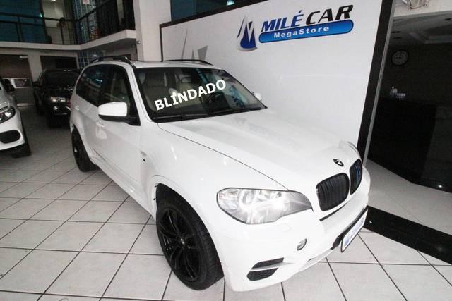//www.autoline.com.br/carro/bmw/x5-30-xdrive-35i-24v-306cv-4p-gasolina-automatic/2011/sao-paulo-sp/12940121