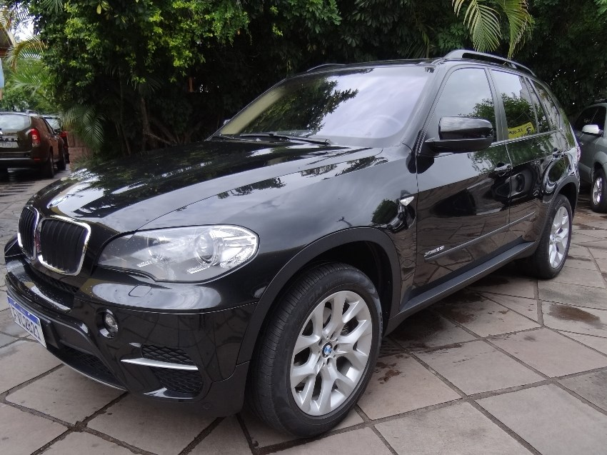 //www.autoline.com.br/carro/bmw/x5-30-xdrive35i-24v-gasolina-4p-4x4-turbo-automa/2013/porto-alegre-rs/14638883