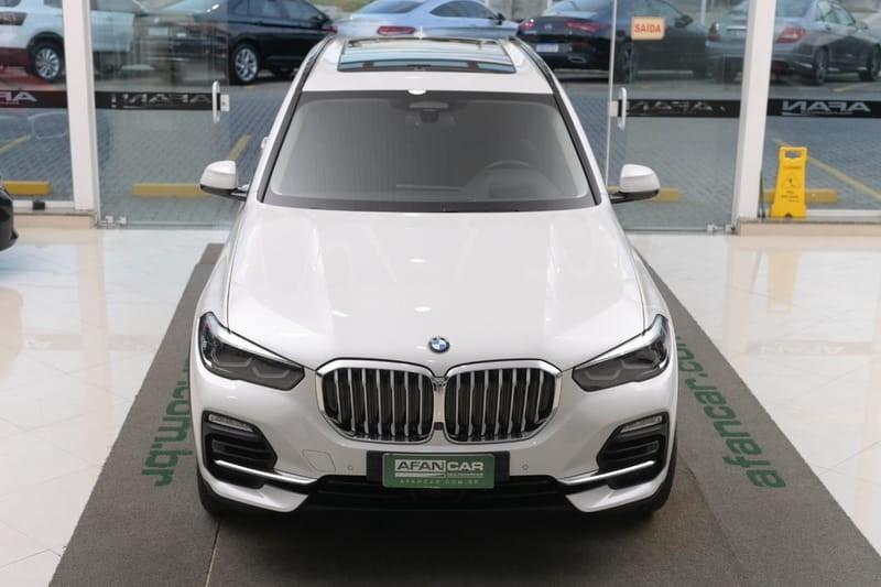 //www.autoline.com.br/carro/bmw/x5-30-xdrive30d-24v-diesel-4p-4x4-turbo-automati/2019/curitiba-pr/14897748