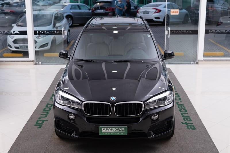 //www.autoline.com.br/carro/bmw/x5-30-xdrive35i-full-24v-gasolina-4p-4x4-turbo-a/2017/curitiba-pr/15681737