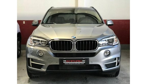 //www.autoline.com.br/carro/bmw/x5-30-258cv-24v-diesel-4p-automatico-4x4-turbo/2018/porto-alegre-rs/9840580