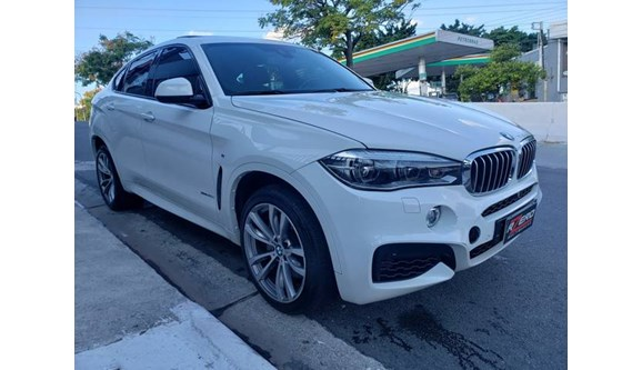 //www.autoline.com.br/carro/bmw/x6-44-32v-gasolina-4p-automatico-4x4-turbo/2015/sao-paulo-sp/11214357