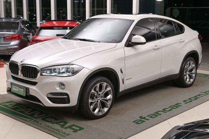 //www.autoline.com.br/carro/bmw/x6-30-24v-gasolina-4p-automatico-4x4-turbo/2018/curitiba-pr/12687328