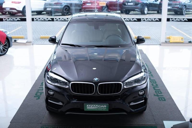 //www.autoline.com.br/carro/bmw/x6-30-xdrive35i-24v-gasolina-4p-4x4-turbo-automa/2016/curitiba-pr/14654985