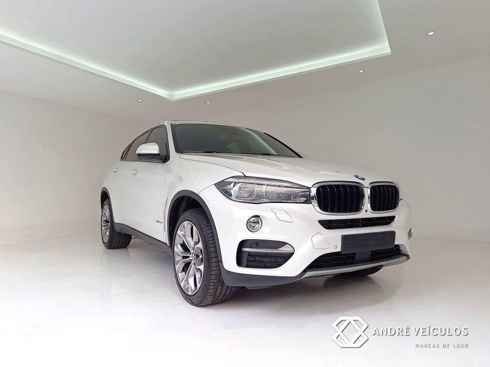 //www.autoline.com.br/carro/bmw/x6-30-xdrive35i-24v-gasolina-4p-4x4-turbo-automa/2019/campinas-sp/15067154