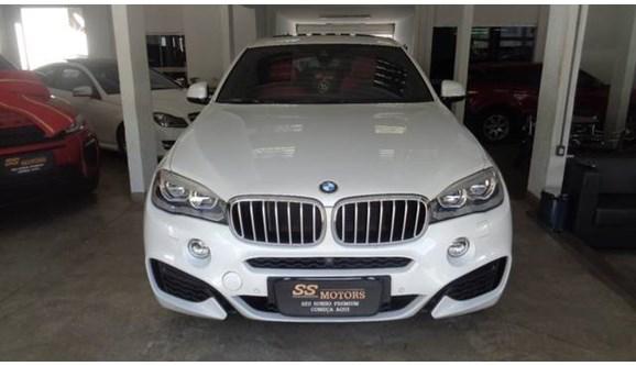 //www.autoline.com.br/carro/bmw/x6-44-m-32v-gasolina-4p-automatico-4x4-turbo/2016/goiania-go/8338154