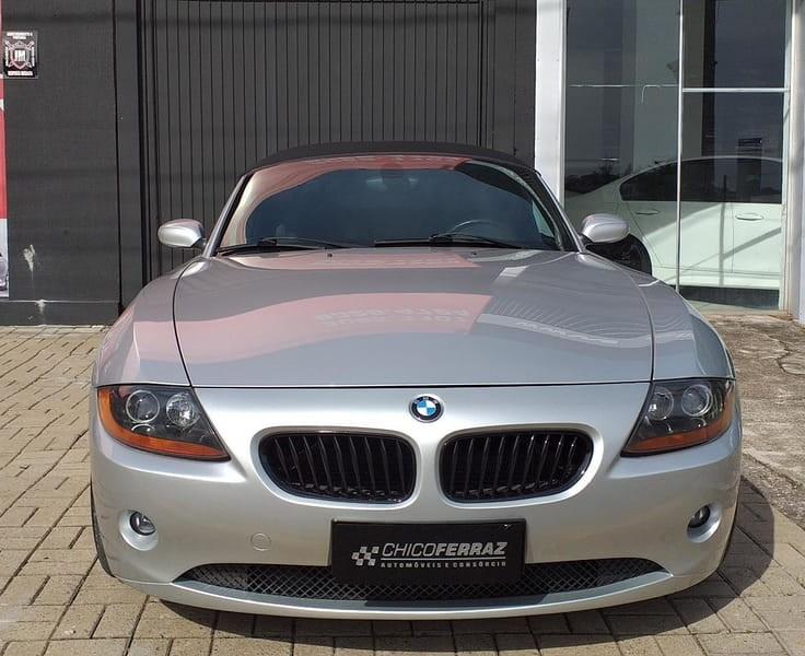 //www.autoline.com.br/carro/bmw/z4-30-conversivel-24v-gasolina-2p-automatico/2003/novo-hamburgo-rs/14406109
