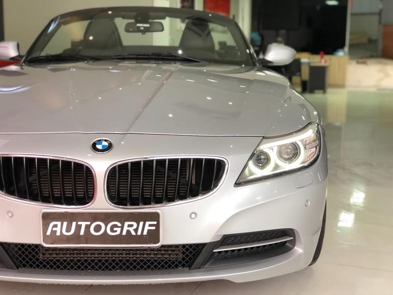 //www.autoline.com.br/carro/bmw/z4-20-sdrive-20i-16v-gasolina-2p-turbo-automatic/2014/curitiba-pr/14678903