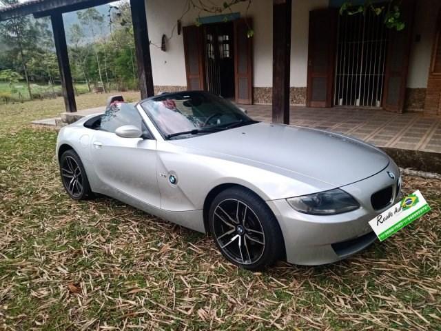 //www.autoline.com.br/carro/bmw/z4-20-16v-gasolina-2p-manual/2009/osasco-sp/15569749