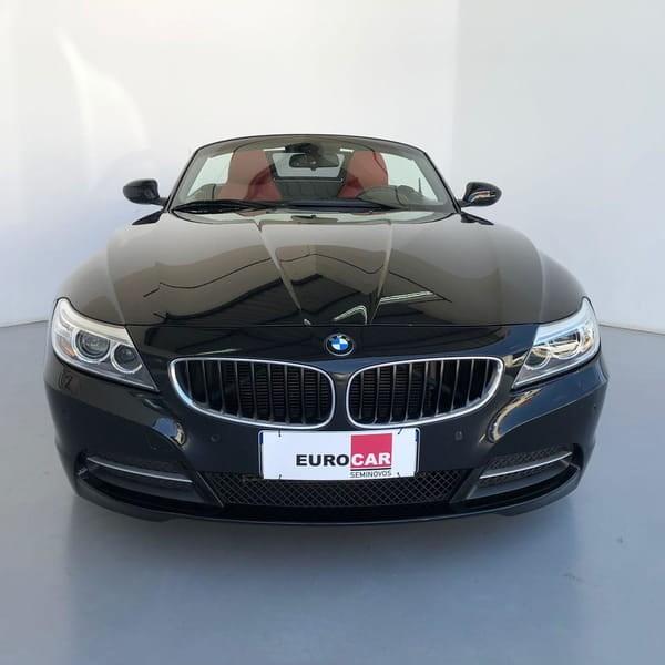 //www.autoline.com.br/carro/bmw/z4-20-sdrive-20i-16v-gasolina-2p-turbo-automatic/2015/curitiba-pr/15724512