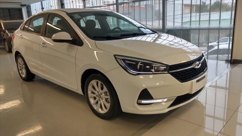 //www.autoline.com.br/carro/chery/arrizo5-15-rt-16v-sedan-flex-4p-automatico/2021/sao-caetano-do-sul-sp/13147201