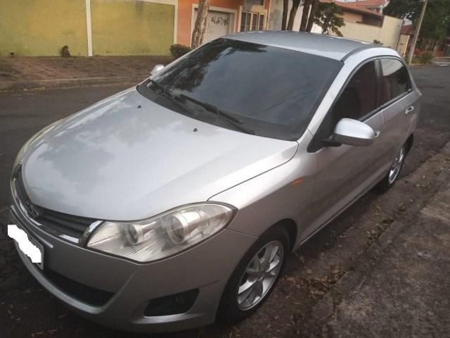 //www.autoline.com.br/carro/chery/celer-15-sedan-16v-flex-4p-manual/2013/indaiatuba-sp/15031684