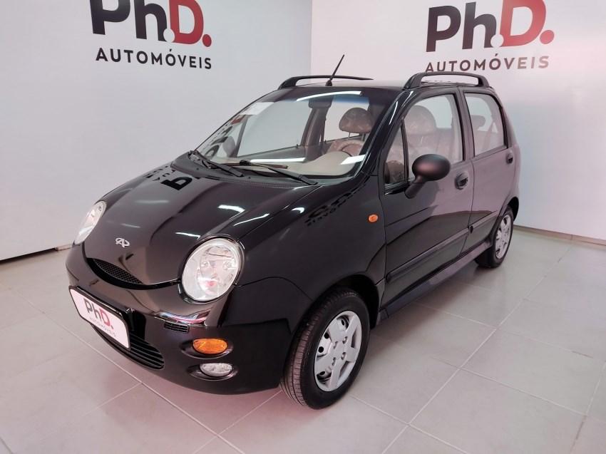 //www.autoline.com.br/carro/chery/qq-11-16v-gasolina-4p-manual/2013/brasilia-df/14519982