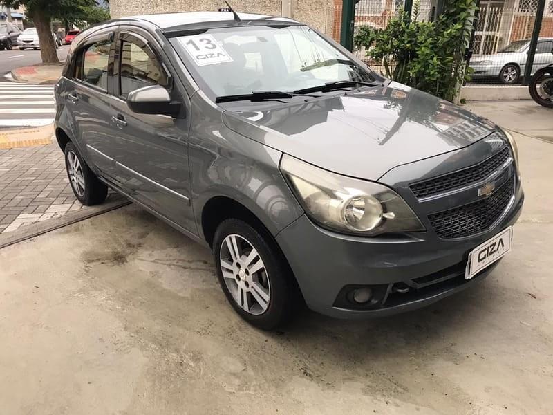 //www.autoline.com.br/carro/chevrolet/agile-14-ltz-8v-98cv-4p-flex-manual/2013/taubate-sp/10175544