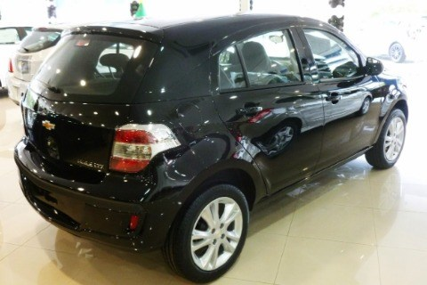 //www.autoline.com.br/carro/chevrolet/agile-14-ltz-8v-flex-4p-manual/2014/ararangua-sc/13744951