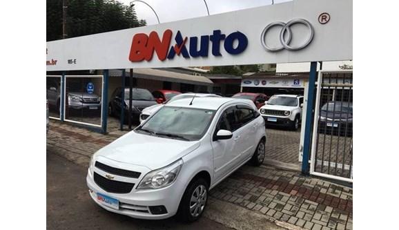 //www.autoline.com.br/carro/chevrolet/agile-14-lt-8v-flex-4p-manual/2011/chapeco-sc/8261970