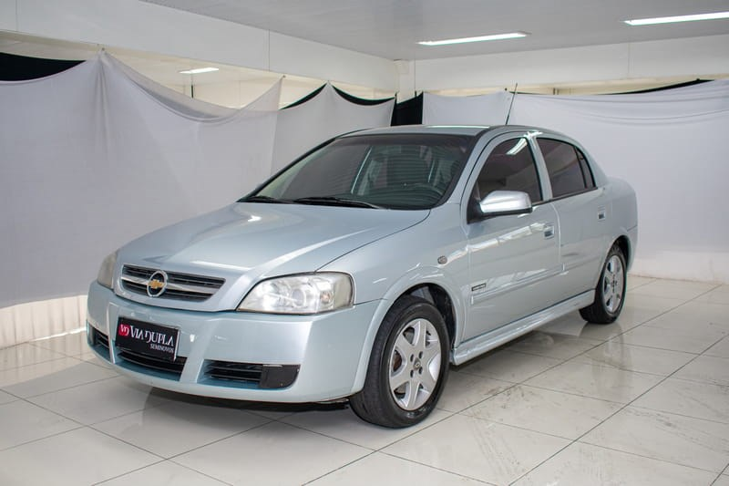//www.autoline.com.br/carro/chevrolet/astra-20-advantage-8v-sedan-flex-4p-manual/2009/belo-horizonte-mg/10509206
