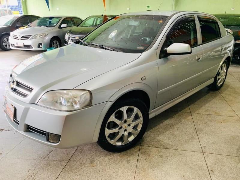 //www.autoline.com.br/carro/chevrolet/astra-20-advantage-8v-flex-4p-manual/2011/campinas-sp/10661446