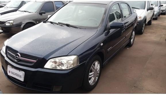 //www.autoline.com.br/carro/chevrolet/astra-20-elegance-8v-multipower-110cv-4p-flex-manua/2005/campinas-sp/10823729