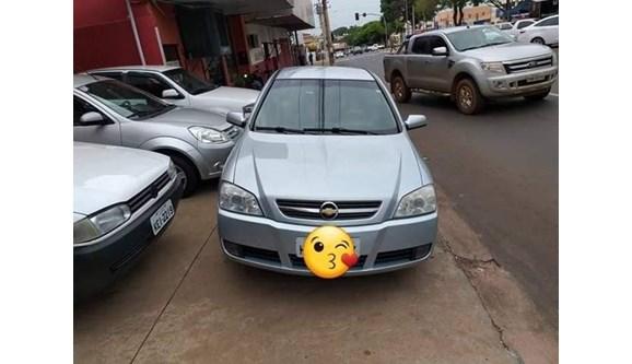 //www.autoline.com.br/carro/chevrolet/astra-20-advantage-8v-flex-4p-automatico/2011/rio-verde-go/11082111