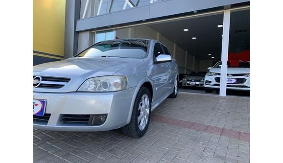 //www.autoline.com.br/carro/chevrolet/astra-20-advantage-8v-120cv-4p-flex-automatico/2011/paranavai-pr/11260760