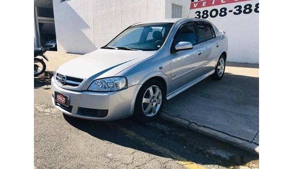 //www.autoline.com.br/carro/chevrolet/astra-20-elite-8v-flex-4p-automatico/2005/amparo-sp/11596918