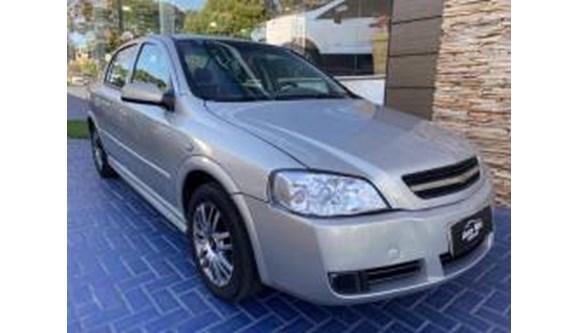 //www.autoline.com.br/carro/chevrolet/astra-18-a-sedan-8v-alcool-4p-manual/2004/maringa-pr/11621636