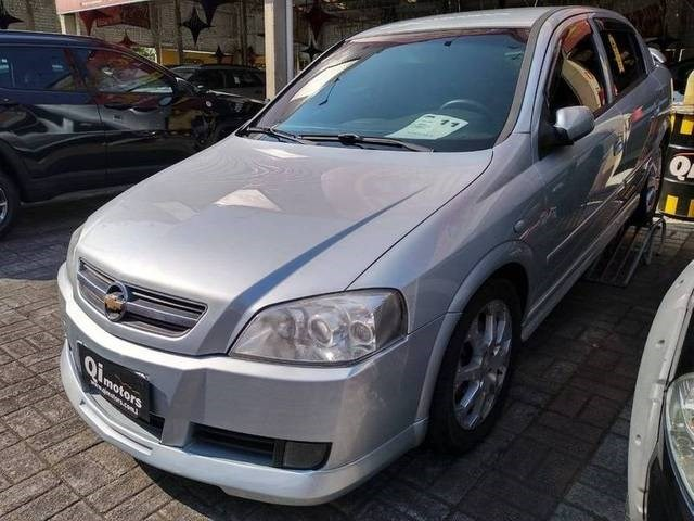 //www.autoline.com.br/carro/chevrolet/astra-20-hatch-advantage-8v-flex-4p-manual/2011/sao-jose-dos-campos-sp/12380553