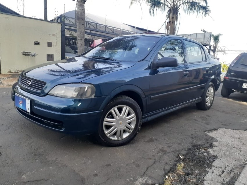 //www.autoline.com.br/carro/chevrolet/astra-18-sedan-gl-8v-gasolina-4p-manual/1999/campinas-sp/12481265