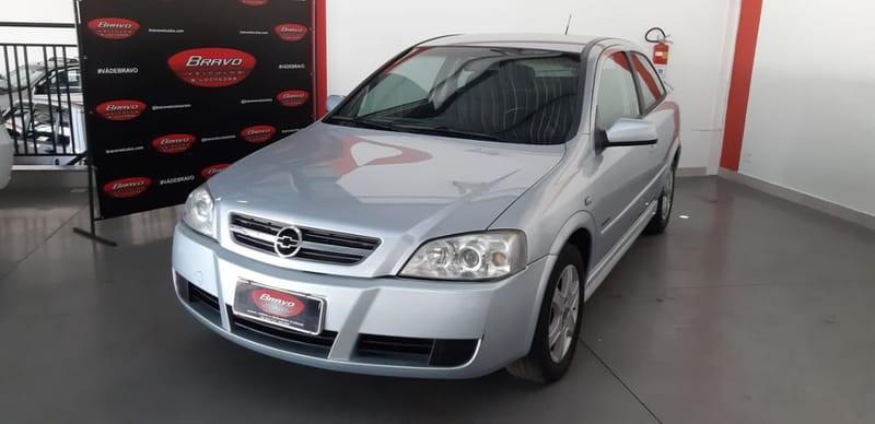 //www.autoline.com.br/carro/chevrolet/astra-20-hatch-advantage-8v-flex-2p-manual/2006/araxa-mg/12562867