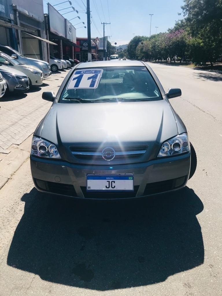 //www.autoline.com.br/carro/chevrolet/astra-20-hatch-advantage-8v-flex-4p-automatico/2011/sao-paulo-sp/12591810