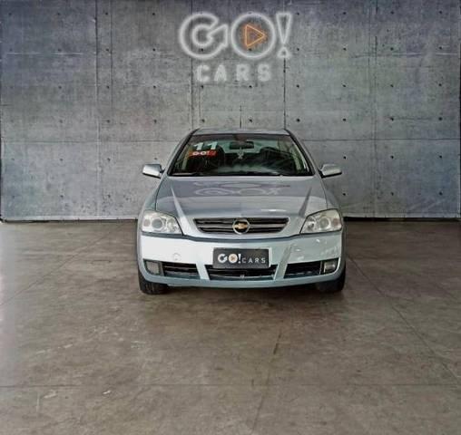 //www.autoline.com.br/carro/chevrolet/astra-20-hatch-advantage-8v-flex-4p-automatico/2011/juiz-de-fora-mg/12606876