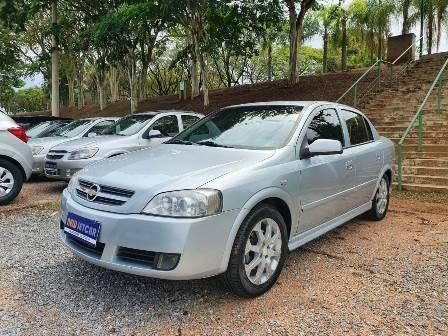 //www.autoline.com.br/carro/chevrolet/astra-20-sedan-advantage-8v-flex-4p-automatico/2011/vinhedo-sp/12915089
