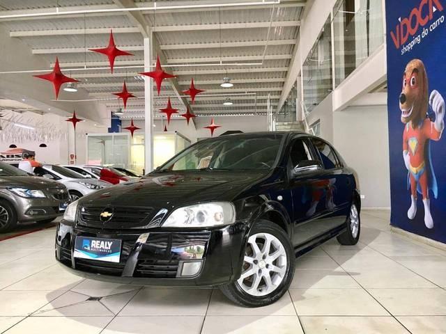 //www.autoline.com.br/carro/chevrolet/astra-20-hatch-advantage-8v-flex-4p-manual/2011/sao-jose-dos-campos-sp/12999818