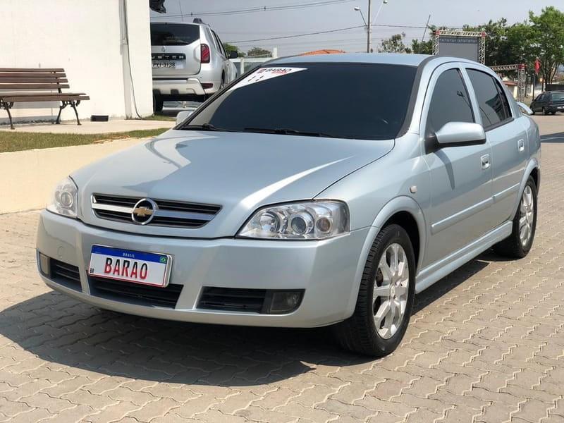 //www.autoline.com.br/carro/chevrolet/astra-20-hatch-advantage-8v-flex-4p-manual/2011/jacarei-sp/13037068