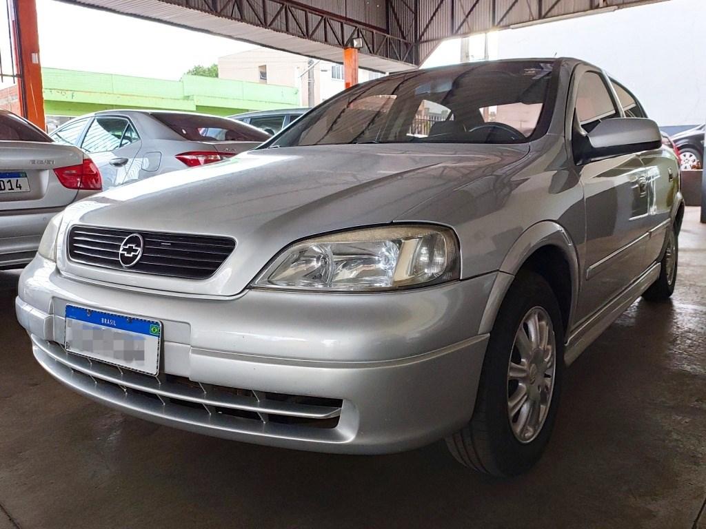 //www.autoline.com.br/carro/chevrolet/astra-18-hatch-gl-8v-gasolina-2p-manual/1999/dois-vizinhos-pr/13070351