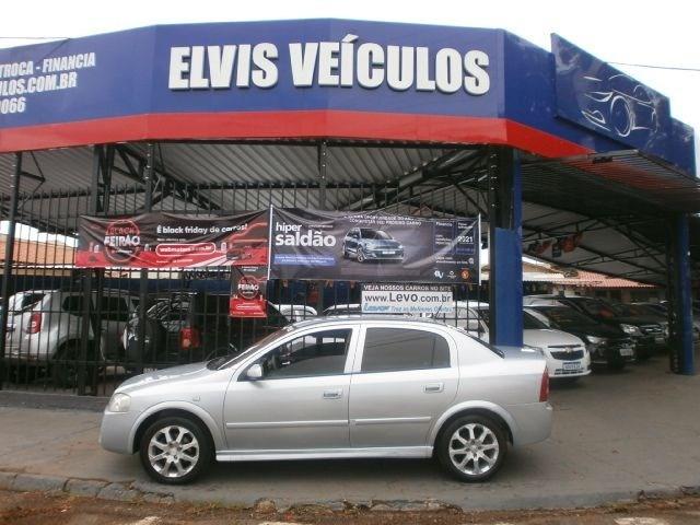 //www.autoline.com.br/carro/chevrolet/astra-20-sedan-advantage-8v-flex-4p-manual/2011/franca-sp/13178202