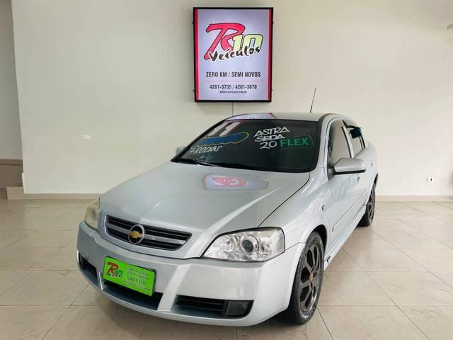//www.autoline.com.br/carro/chevrolet/astra-20-sedan-advantage-8v-flex-4p-automatico/2011/barueri-sp/13262600