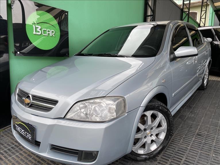 //www.autoline.com.br/carro/chevrolet/astra-20-hatch-advantage-8v-flex-4p-manual/2010/sao-paulo-sp/13455626