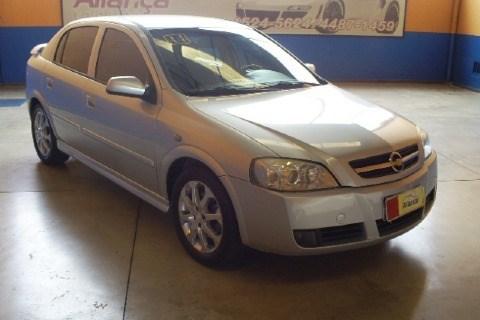 //www.autoline.com.br/carro/chevrolet/astra-20-hatch-advantage-8v-flex-4p-automatico/2011/itatiba-sp/13581071