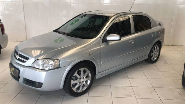 //www.autoline.com.br/carro/chevrolet/astra-20-hatch-advantage-8v-flex-4p-manual/2010/suzano-sp/13583495