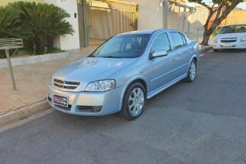 //www.autoline.com.br/carro/chevrolet/astra-20-sedan-advantage-8v-flex-4p-manual/2011/votuporanga-sp/13966871