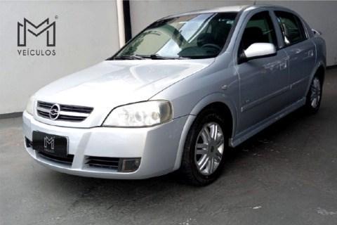 //www.autoline.com.br/carro/chevrolet/astra-20-elegance-8v-120cv-4p-flex-automatico-basic/2005/ribeirao-preto-sp/13987764