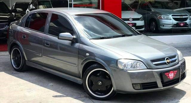 //www.autoline.com.br/carro/chevrolet/astra-20-sedan-advantage-8v-flex-4p-manual/2011/suzano-sp/14031180