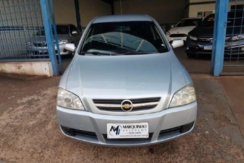 //www.autoline.com.br/carro/chevrolet/astra-20-sedan-advantage-8v-flex-4p-manual/2011/jau-sp/14578120