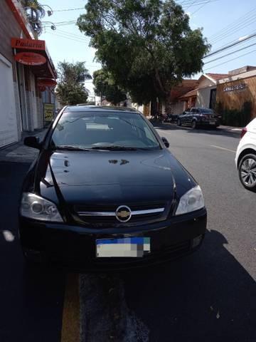 //www.autoline.com.br/carro/chevrolet/astra-20-hatch-advantage-8v-flex-4p-manual/2010/aracatuba-sp/14755254