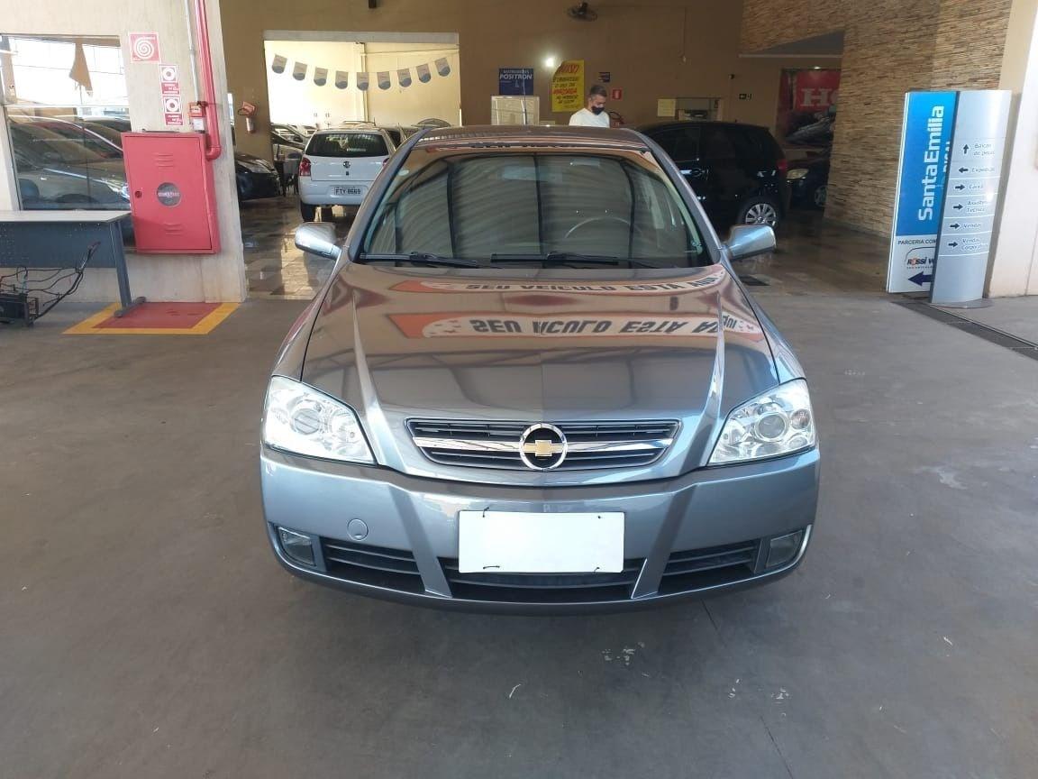 //www.autoline.com.br/carro/chevrolet/astra-20-hatch-advantage-8v-flex-4p-manual/2011/ribeirao-preto-sp/14841666