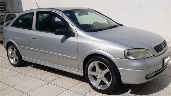 //www.autoline.com.br/carro/chevrolet/astra-20-hatch-gls-8v-gasolina-2p-manual/1999/sao-paulo-sp/14876042