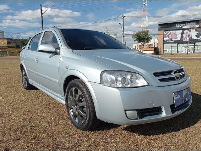 //www.autoline.com.br/carro/chevrolet/astra-20-hatch-advantage-8v-flex-4p-manual/2011/cascavel-pr/14901251